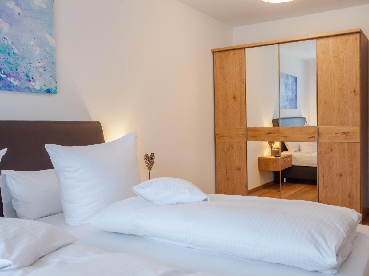 Ferienwohnung mountain lodge garmisch partenkirchen - Spiegelschrank schlafzimmer ...