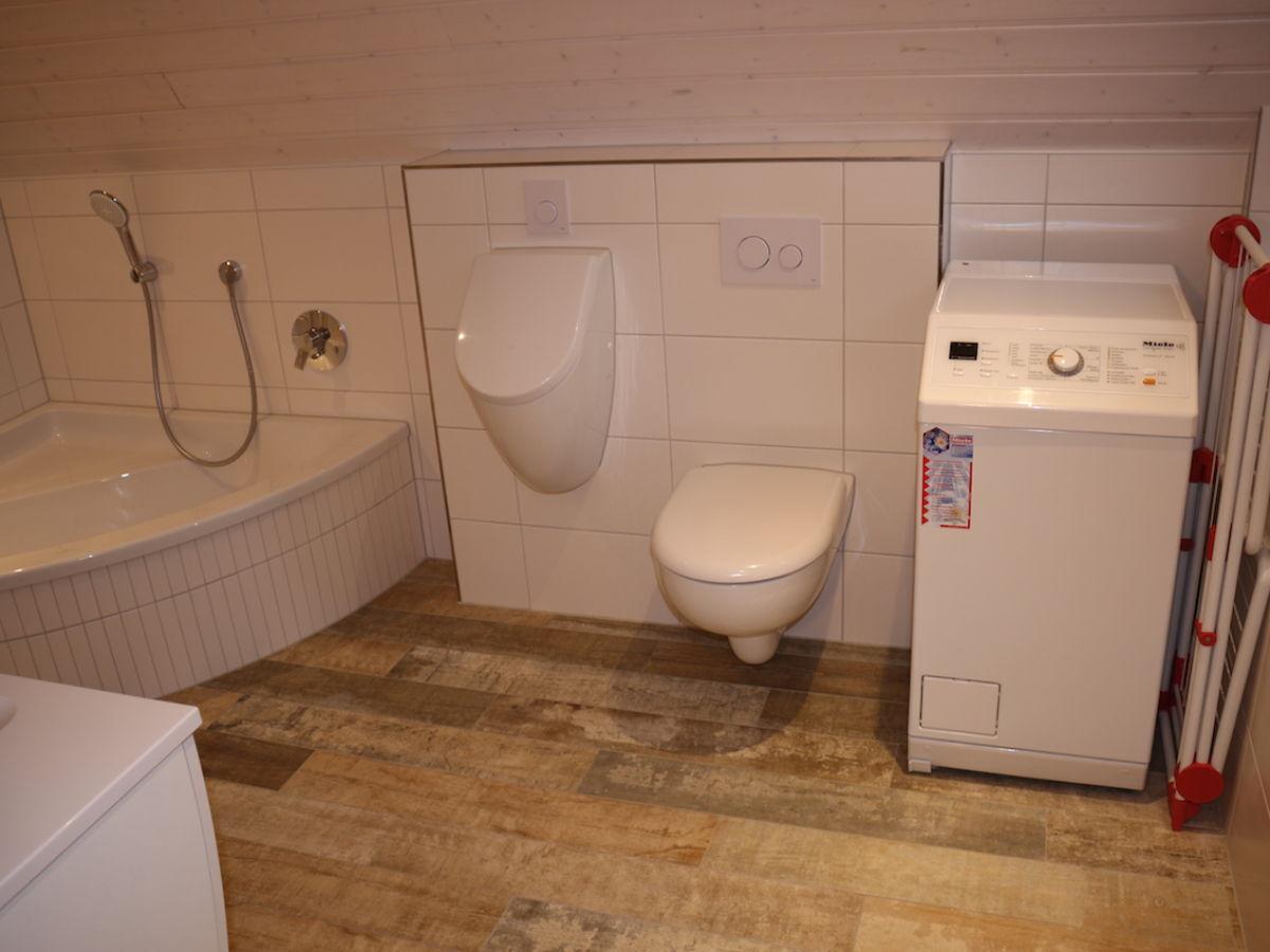 Ferienhaus weitblick ostsee schlei firma topline for Badezimmer mit dusche und wanne