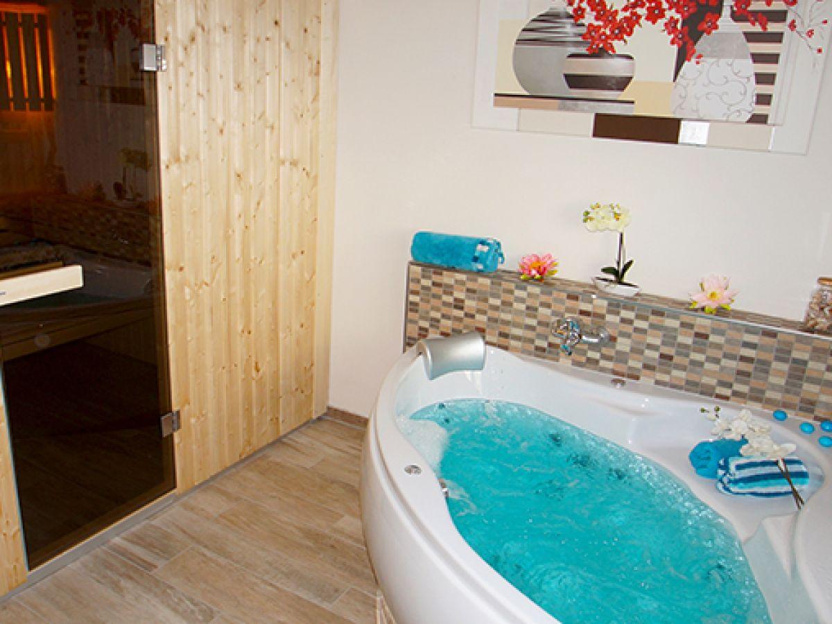 Ferienhaus 01 sommerhus esbjerg an der reiterkoppel 3a eg - Sauna whirlpool ...