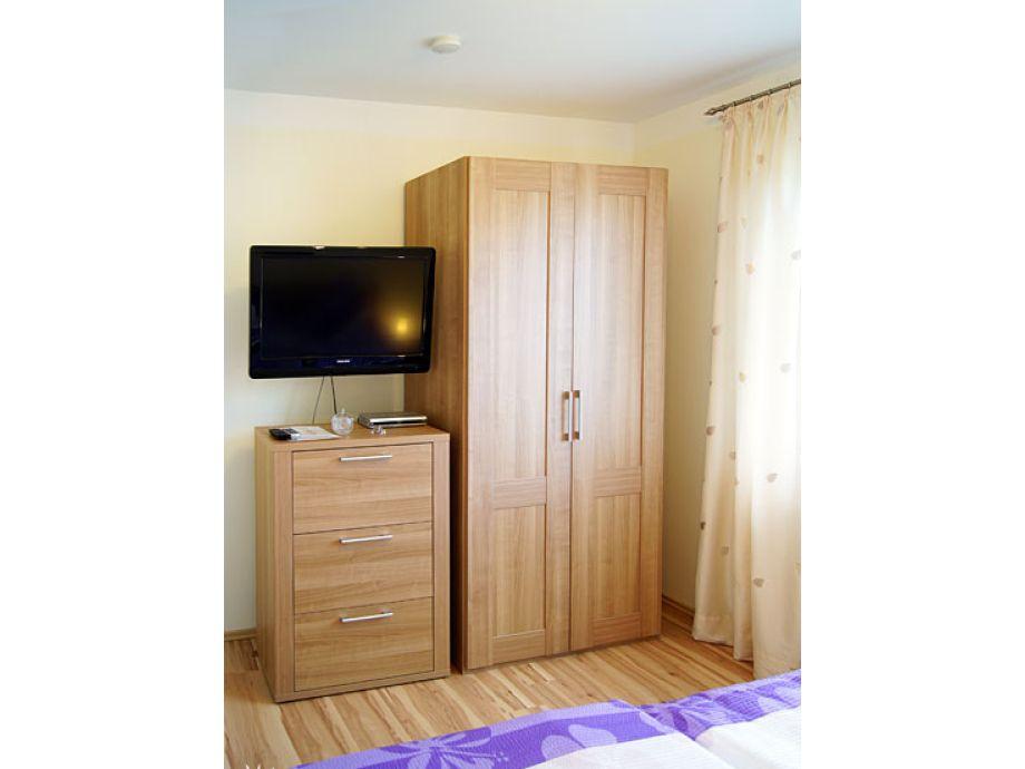 22 ferienwohnung fuhr ostsee burg auf fehmarn firma ferienhausvermittlung fehmarn gmbh. Black Bedroom Furniture Sets. Home Design Ideas