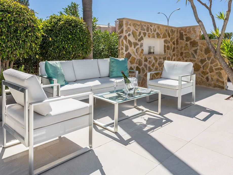 sitzgruppe terrasse good sitzgruppe terrasse with. Black Bedroom Furniture Sets. Home Design Ideas