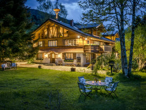 Chalet Blue Lodge