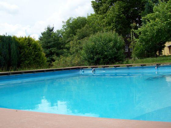 gem tliches ferienhaus mit pool erzgebirge marienberg frau martina b hme. Black Bedroom Furniture Sets. Home Design Ideas
