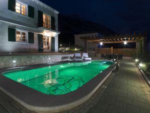 Luxuriöse 5* Villa Marko