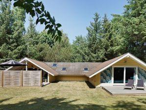 Ferienhaus Aakirkeby, Haus-Nr: 68922