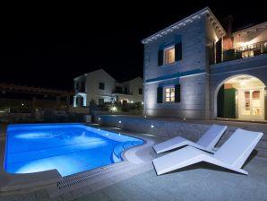 Luxuriöse 5* Villa Goran