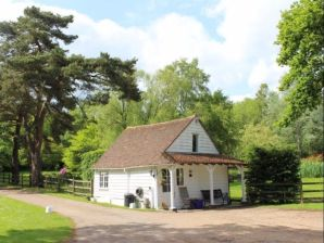 Cottage Gamekeeper's Lodge