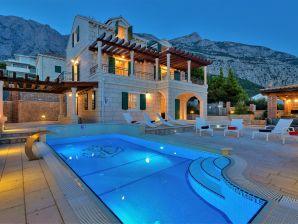 Villa Vikki, Pearls of Makarska