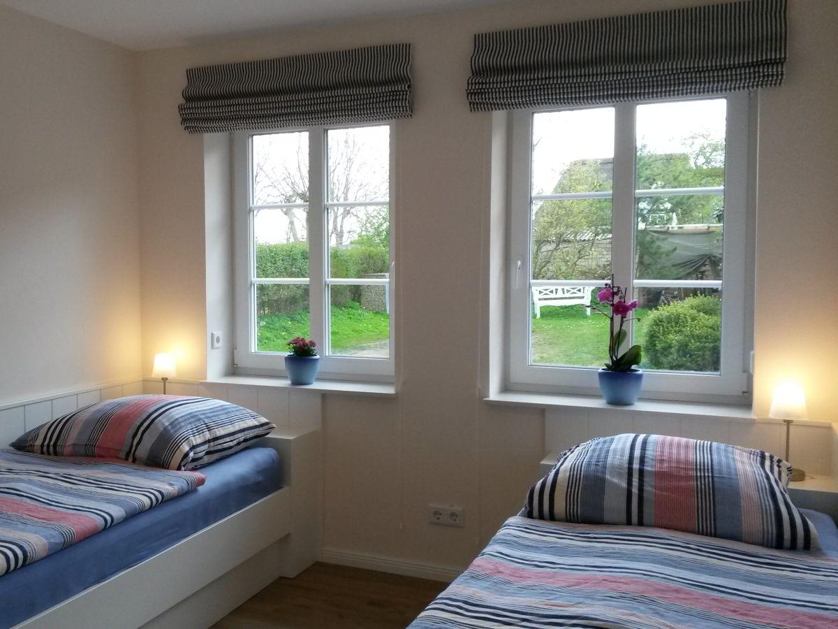 ferienwohnung berger erdgescho wrixum familie melanie und olaf berger. Black Bedroom Furniture Sets. Home Design Ideas