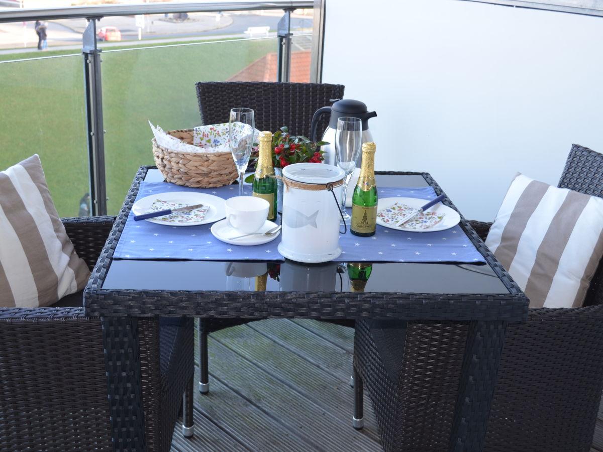 ameisen auf dem balkon haus innenr ume und m bel ideen. Black Bedroom Furniture Sets. Home Design Ideas