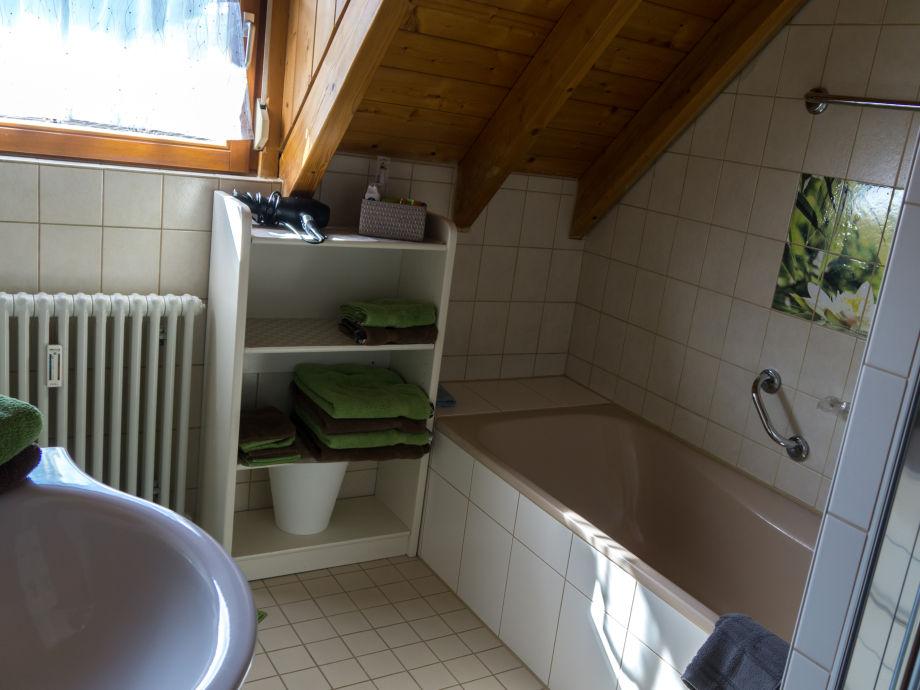 ferienwohnung og haus thum am kaiserstuhl kaiserstuhl frau ruth thum. Black Bedroom Furniture Sets. Home Design Ideas