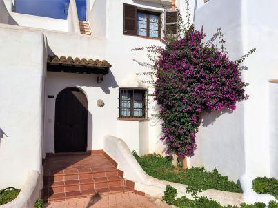CASA DE SOMNI mit Pools, Klima, Garten, Dachterrasse