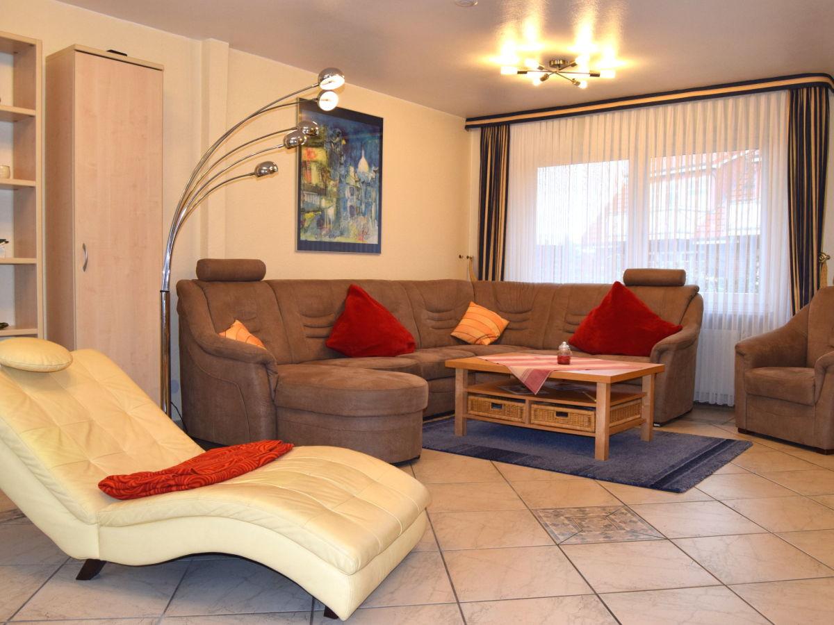 reihenhaus klabautermann 6 5 100m top wohnung in zentrumlage b sum firma avc b sum. Black Bedroom Furniture Sets. Home Design Ideas