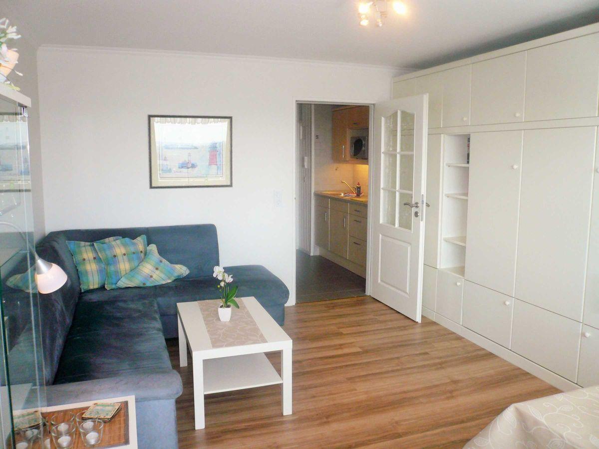 apartment 172 ob im haus metropol sylt firma hussmann immobilien handel und ferienwohnungen. Black Bedroom Furniture Sets. Home Design Ideas