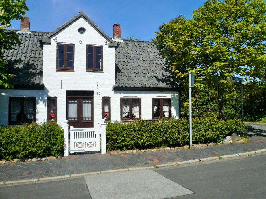 Apartment 1 im haus gesing sylt firma hussmann for Apartment haus