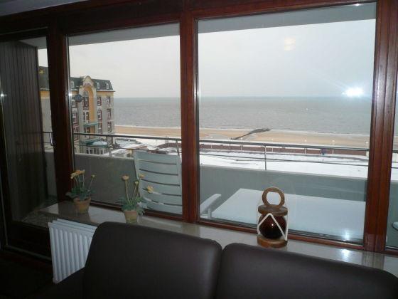 apartment 067 a wb im haus am meer sylt firma hussmann immobilien handel und ferienwohnungen. Black Bedroom Furniture Sets. Home Design Ideas