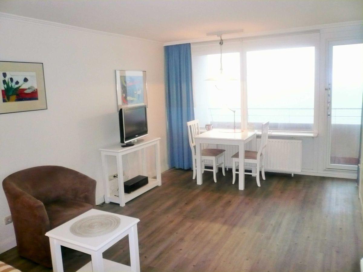 apartment 130 wb in haus metropol sylt firma hussmann immobilien handel und ferienwohnungen. Black Bedroom Furniture Sets. Home Design Ideas