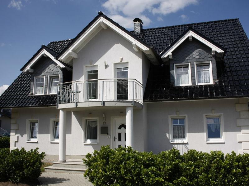 Ferienwohnung Rosenweg EG links