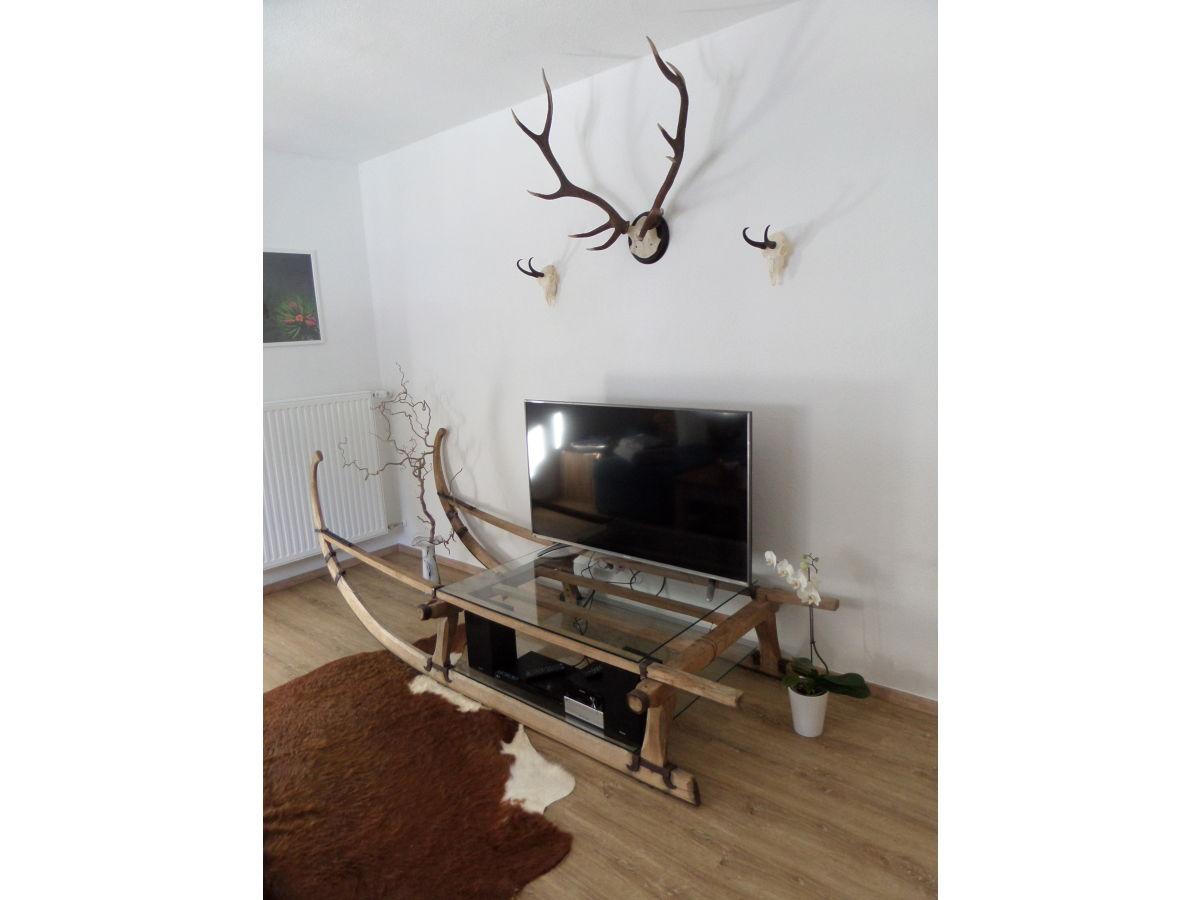 Ferienwohnung enzian wallgau frau monika w rnle - Multimedia wohnzimmer ...
