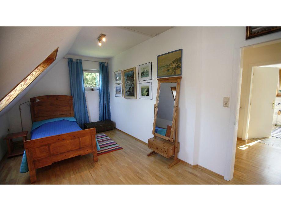 Ferienhaus witte huus mit deichblick butjadingen niedersachsen nordsee frau monika fuhrmann - Blaues schlafzimmer ...