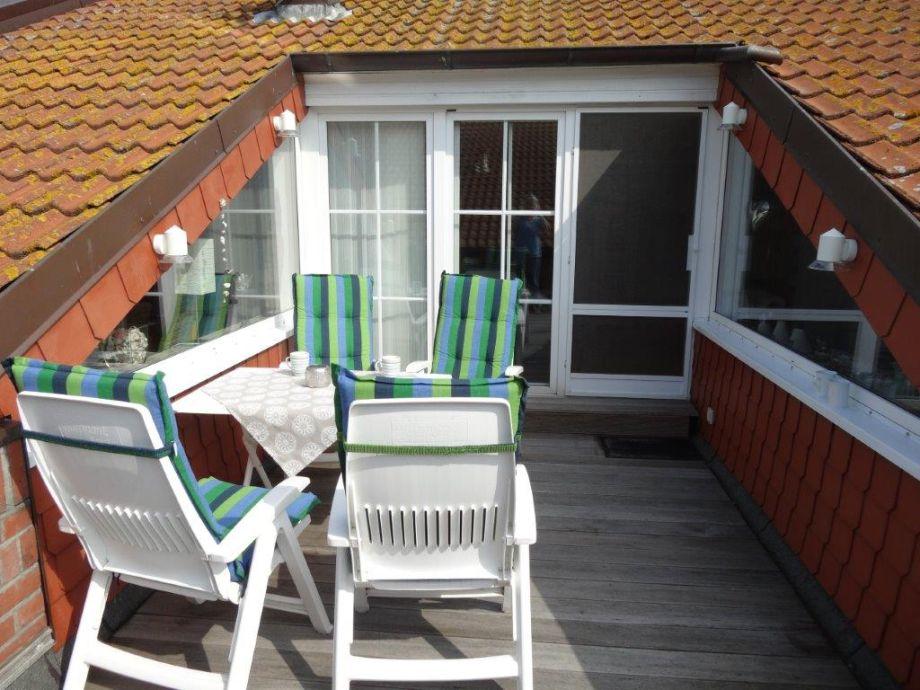 Dach Terrasse traumferienwohnung mit hafenblick und dachterrasse ostsee fehmarn