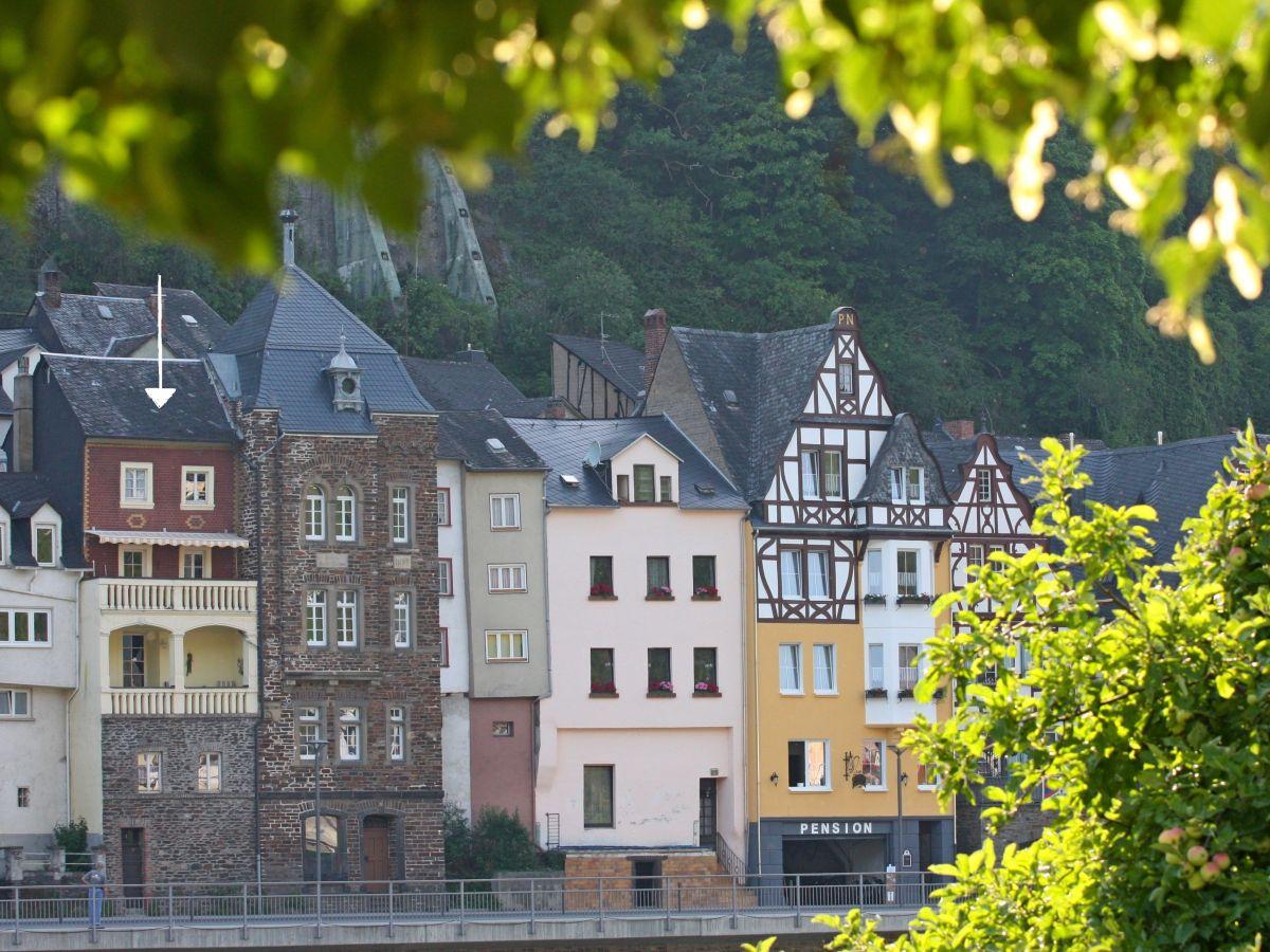 Ferienhaus Haus Burgromantik, Mosel, Ferienland Cochem - Herr Klaus ...