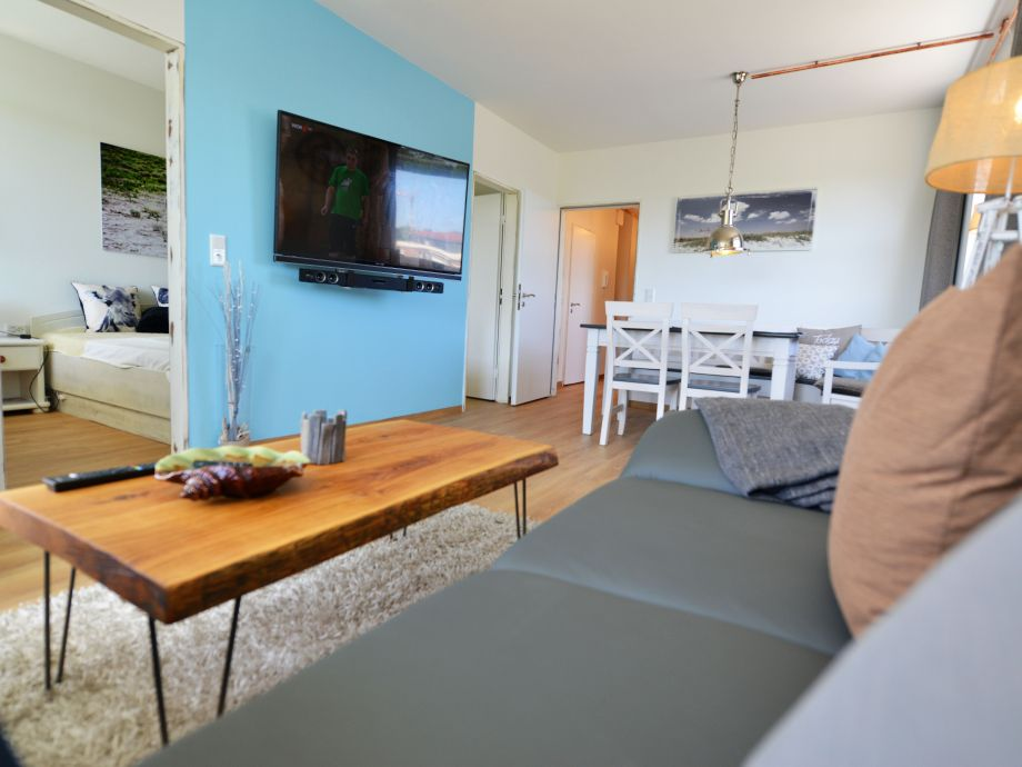 Wohnzimmer TV 55 Zoll + Wlan inklusive