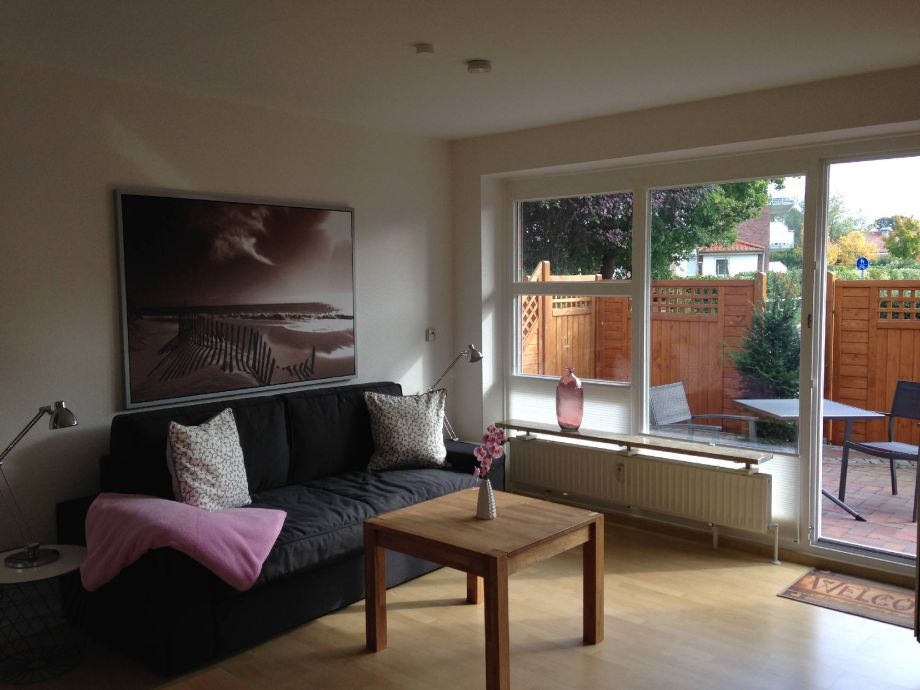 Living room with additional sleeping sofa