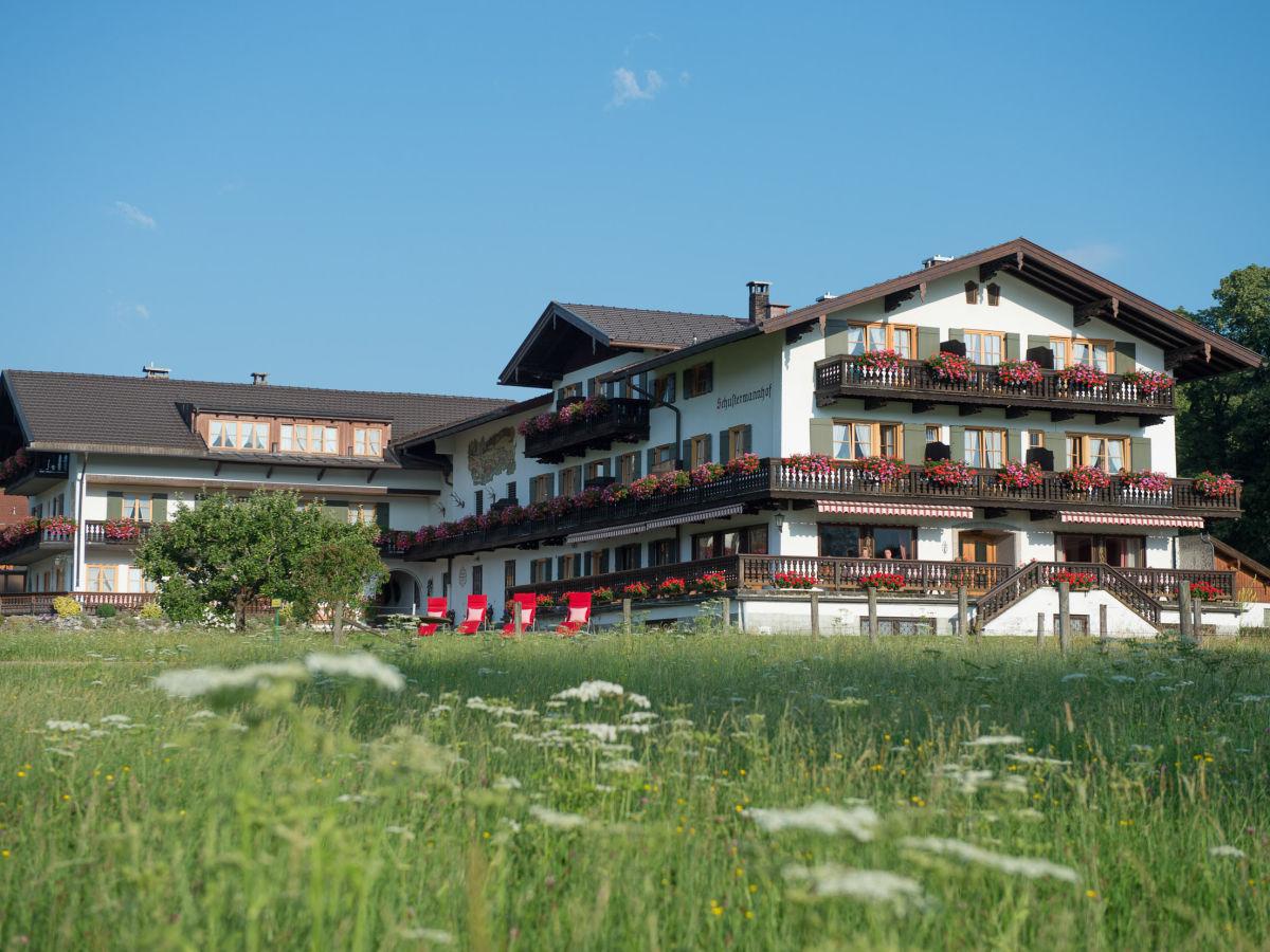 Ferienwohnung schustermannhof am see tegernsee in for Ferienwohnung am see
