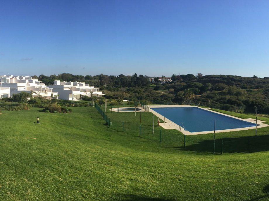 Residencial area with pool and sea view (Conil)