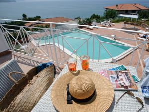 Ferienwohnung Acquazzurra - Suite Petrosa