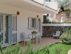 Holiday apartment Acquazzurra - Ginestre