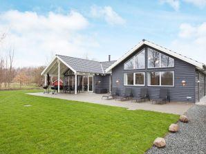 Ferienhaus Højby, Haus-Nr: 74688