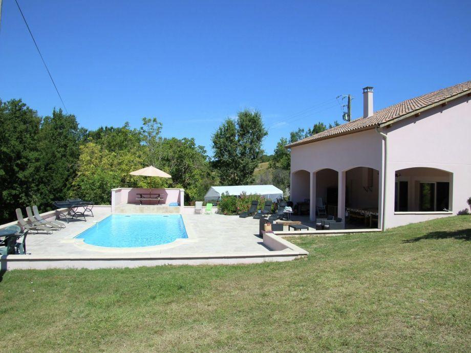 Außenaufnahme Villa Fumelois Guna