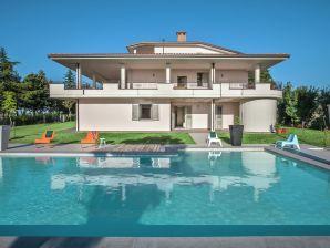 Ferienwohnung Villa Tavullia Il Rosso