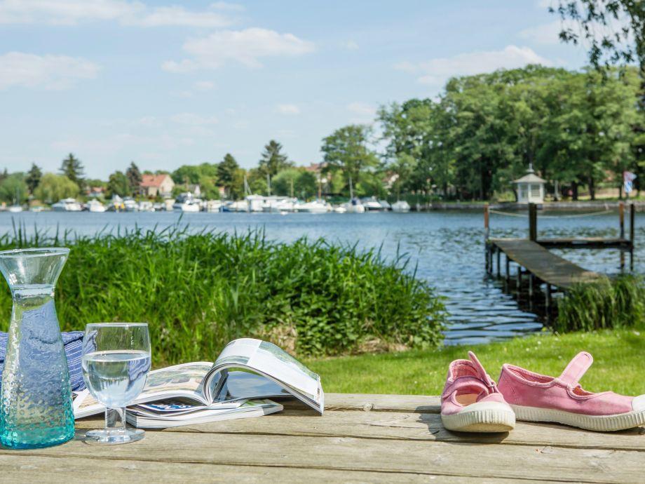 Blick auf unseren Steg und die Havel