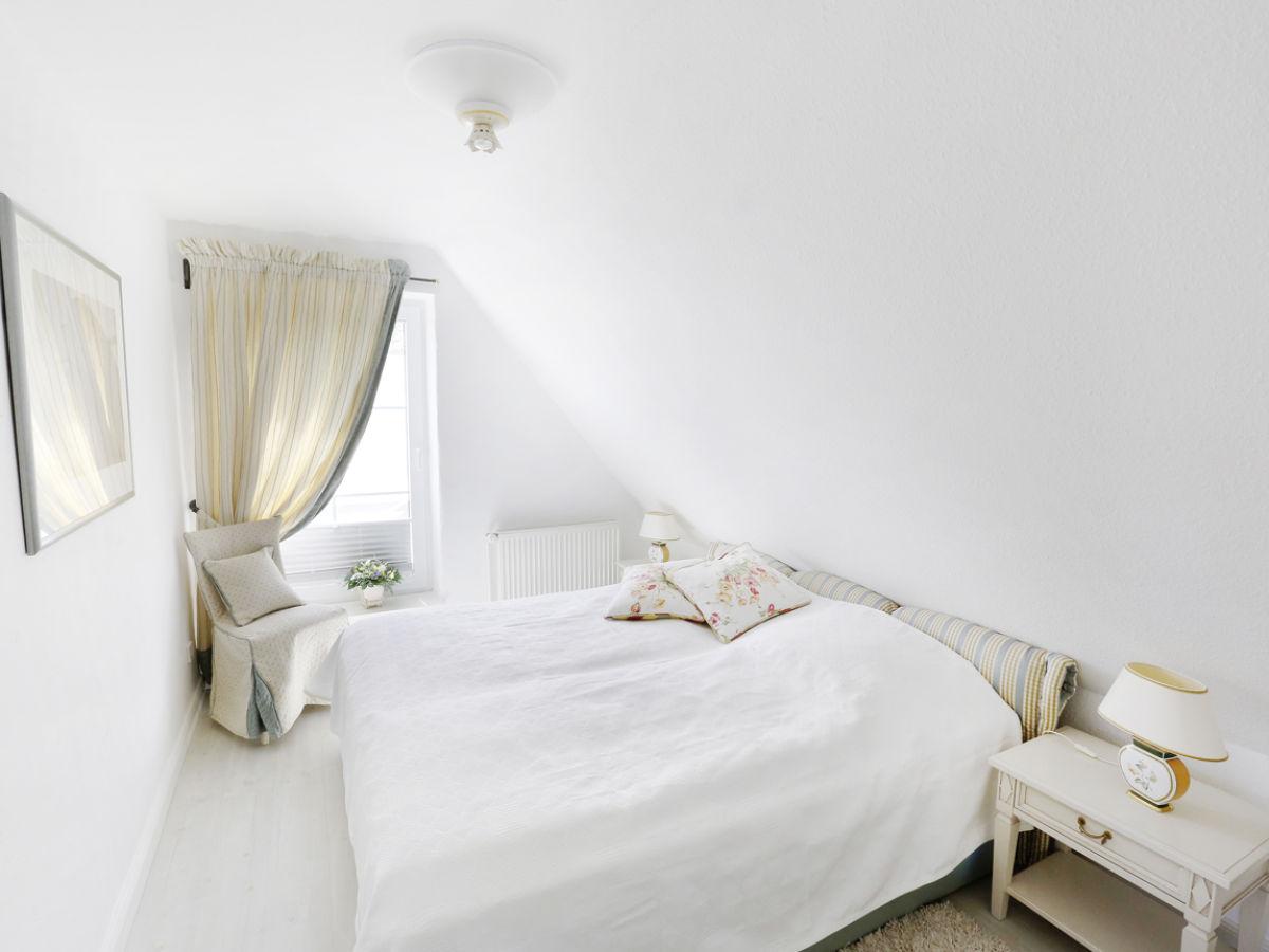 luxus ferienhaus schleitraum schlei lindaunis firma luxus meerferien herr hans joachim. Black Bedroom Furniture Sets. Home Design Ideas