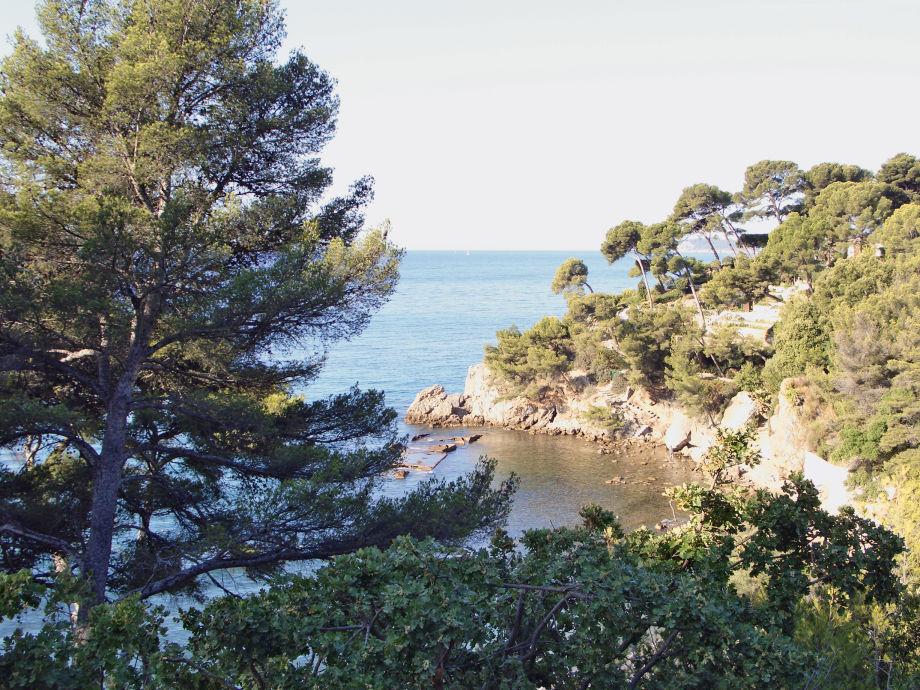 Blick auf die Bucht mit eigenem Zugang vom Haus