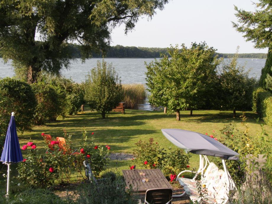 Garten mit Zugang zum See