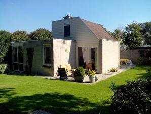 Ferienhaus Chestnut Cottage