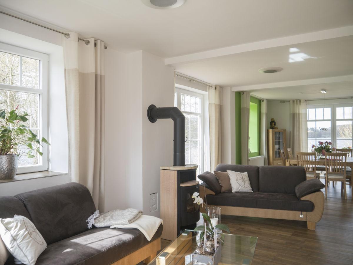 bauernhof hof am grebiner see hosteinische schweiz firma hof am grebiner see frau sonja. Black Bedroom Furniture Sets. Home Design Ideas