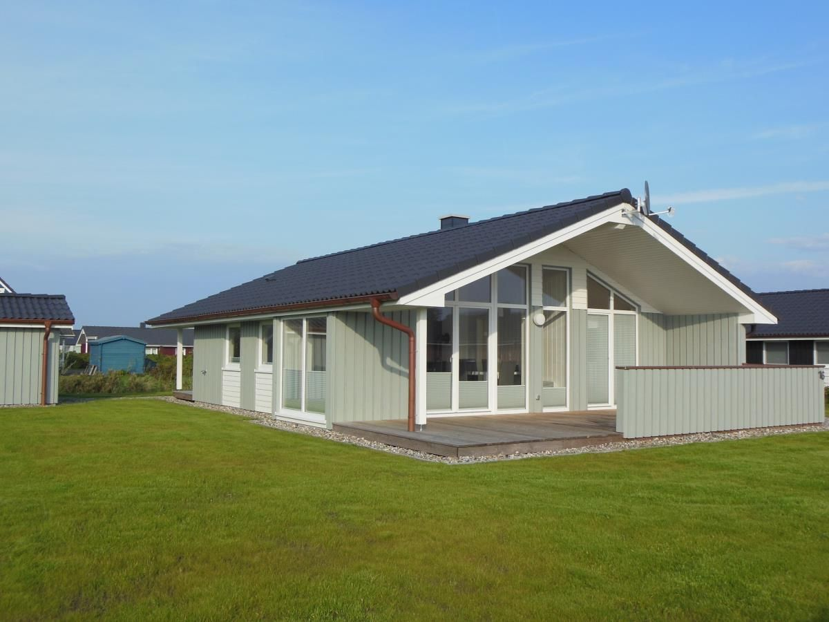 ferienhaus strandl ufer skandinavisches holzhaus. Black Bedroom Furniture Sets. Home Design Ideas