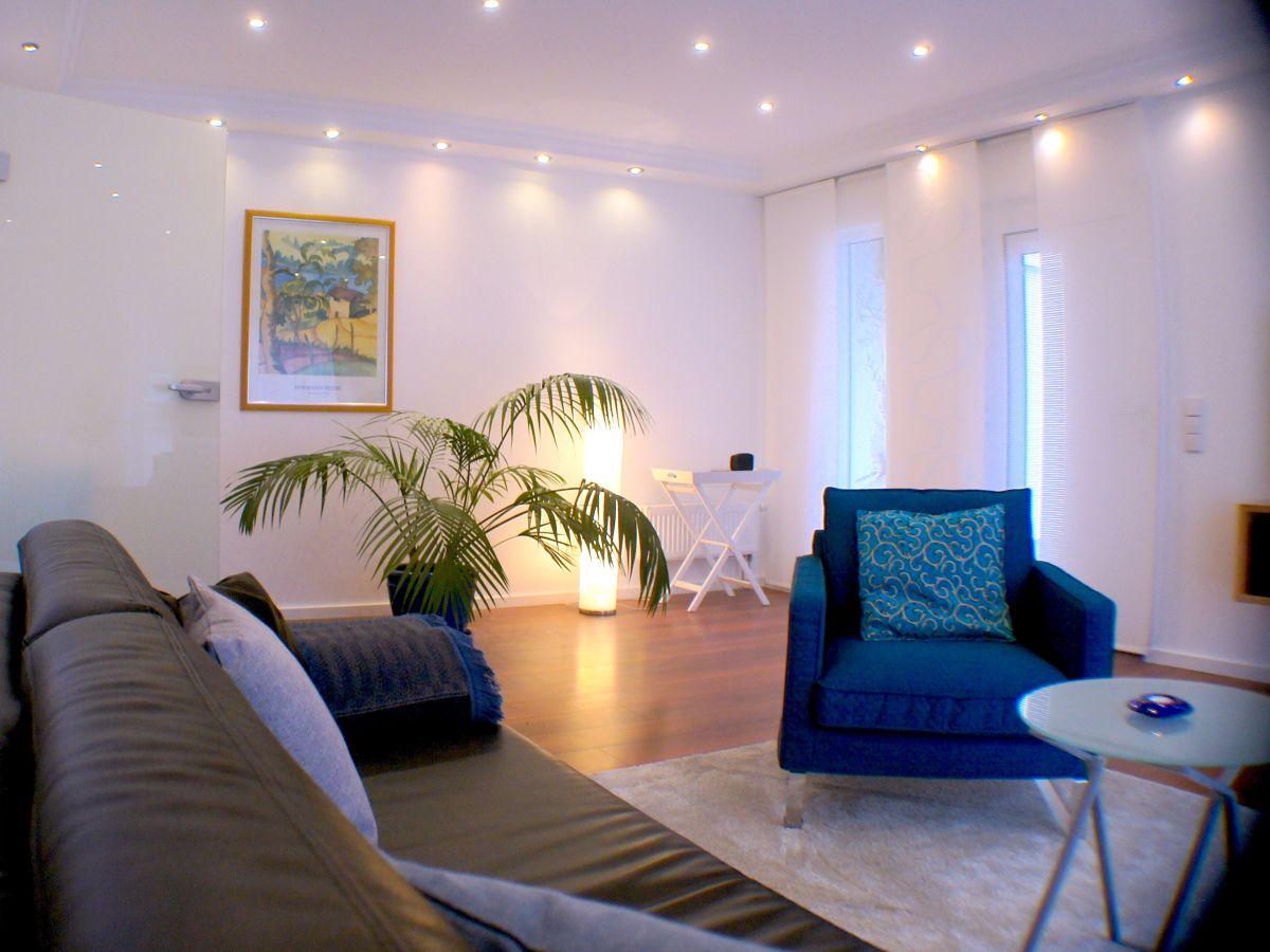 ferienhaus rosenrot schwarzwald kaiserstuhl frau gabriele pacholke. Black Bedroom Furniture Sets. Home Design Ideas