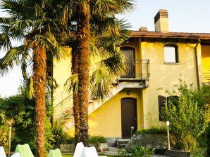 Ferienwohnung Casa Sabina - App A/D Lagocamp