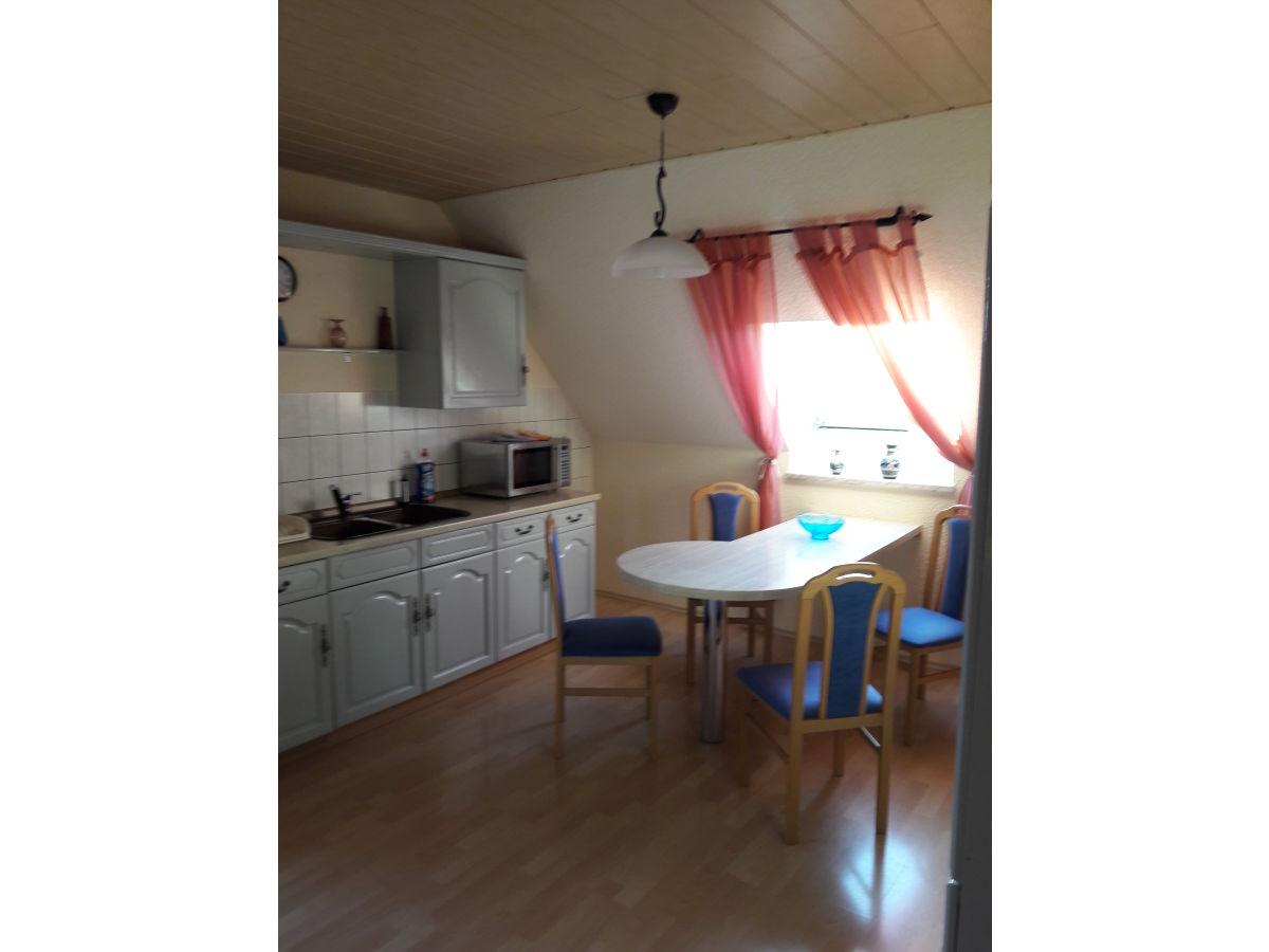 ferienwohnung dachgeschoss wohnung hinterhermsdorf herr mario kaden. Black Bedroom Furniture Sets. Home Design Ideas