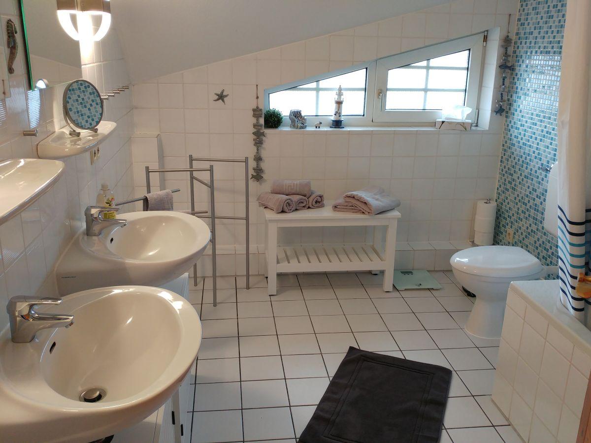 ferienhaus gundelsby schleswig holstein ostsee schlei hasselberg firma ferienhausbetreuung. Black Bedroom Furniture Sets. Home Design Ideas