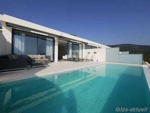 Ferienwohnung / Penthousewohnung mit überragendem Meerblick