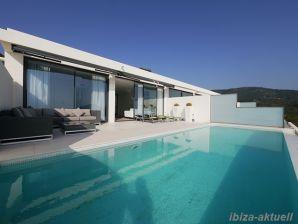 Ferienwohnung / Penthousewohnung mit überragendem Meerblick für 8 Pers.