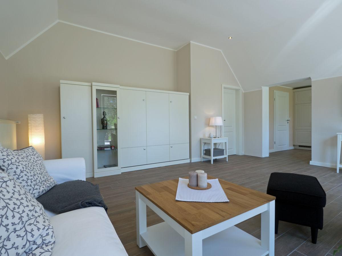 ferienwohnung wald 2 ostfriesland leer papenburg aurich firma ferienwohnungen martina und. Black Bedroom Furniture Sets. Home Design Ideas