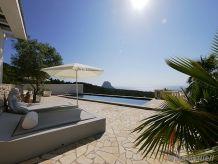 Villa mit herrlicher Aussicht 41